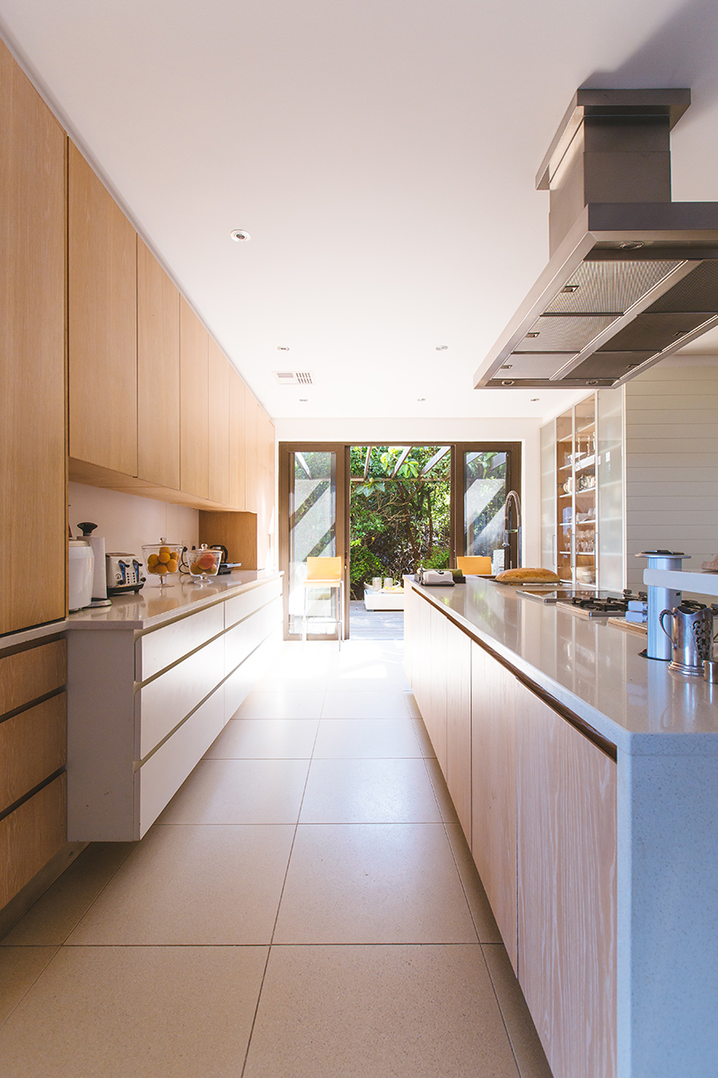Clean Lines in this Modern Kitchen